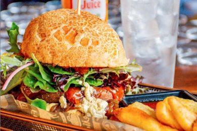Burger, The Pub - Airlie Beach Hotel,  Airlie beach, Whitsundays