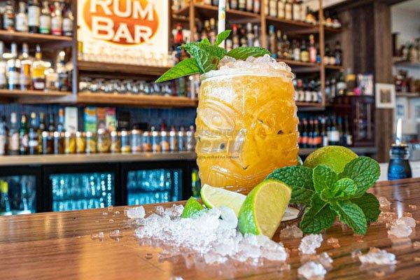 the zombie cocktail, fish dvine