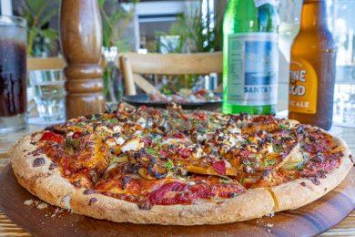 Pizza on table, La Marina Xpress, Cannonvale, Whitsundays