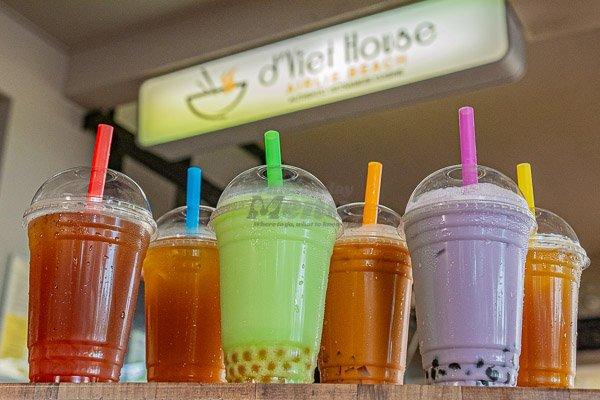 bubble tea flavours outside d'Viet House, Airlie Beach, pool restaurant