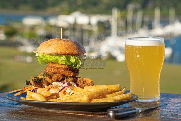 pork belly burger at anchor bar, pool restaurant, airlie beach