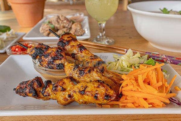 Chicken Satay's, d'Viet House, Airlie Beach,