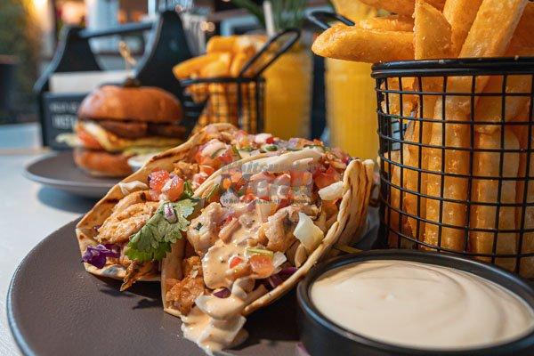 fish tacos. garden bar bistro, airlie beach.