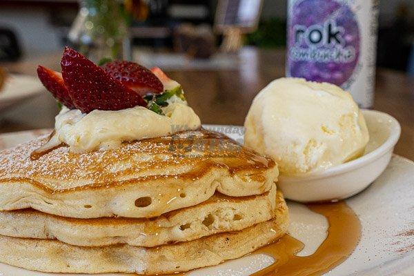 buttermilk pancakes at 22 buttercup lane, proserpine, whitsundays