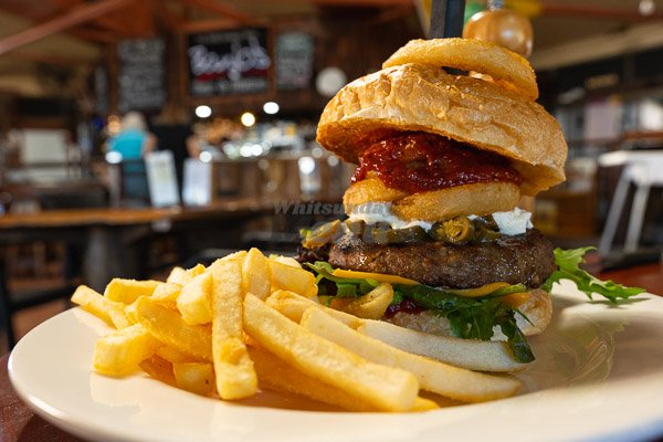 spicy rb Burger at Banjos, Bar & Bistro, Cannonvale, Whitsundays