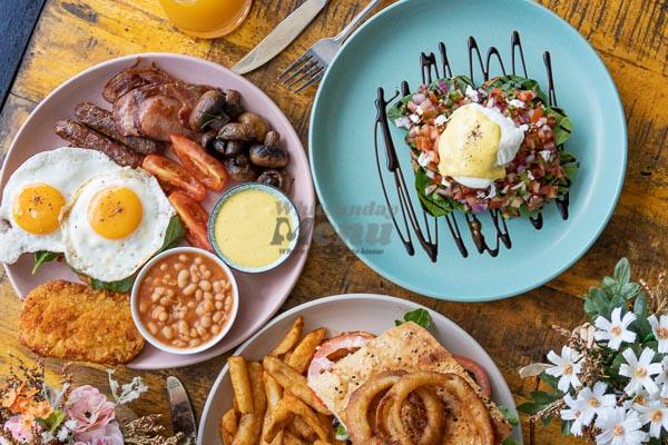 Eggs Benedict, Served at The Hangar Bar & Cafe, Flametree, Whitsundays
